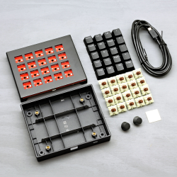 MAX Falcon-20 RGB Programmable Mini Macropad / Mechanical Keyboard (DIY KIT)