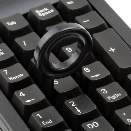 AN EXAMPLE: Max Keyboard Plastic Key Puller