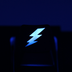 "Max Keyboard Custom R4 ""Lightning Bolt"" Backlight Cherry MX Keycap"